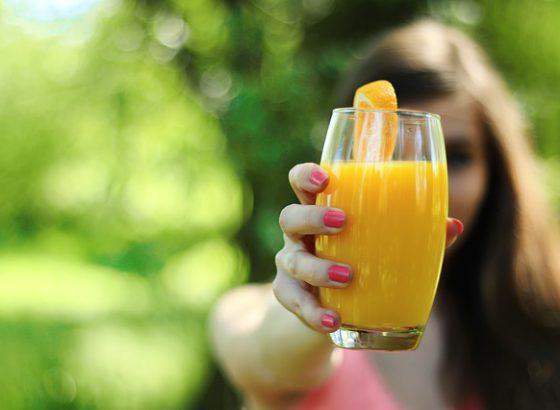 perché bere succo d'arancia