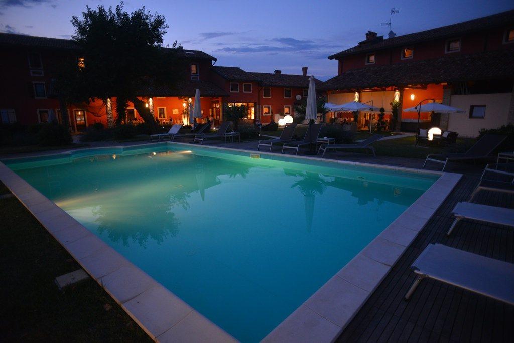 Antico borgo torricella hotel wellness san vito al - Piscina san vito al tagliamento ...