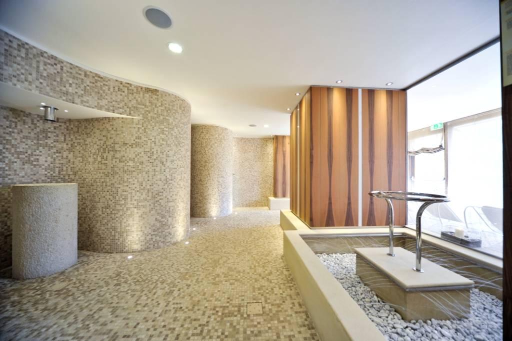 Hotel resort spa miramonti rota d 39 imagna bergamo for Offerte di lavoro a forli da privati