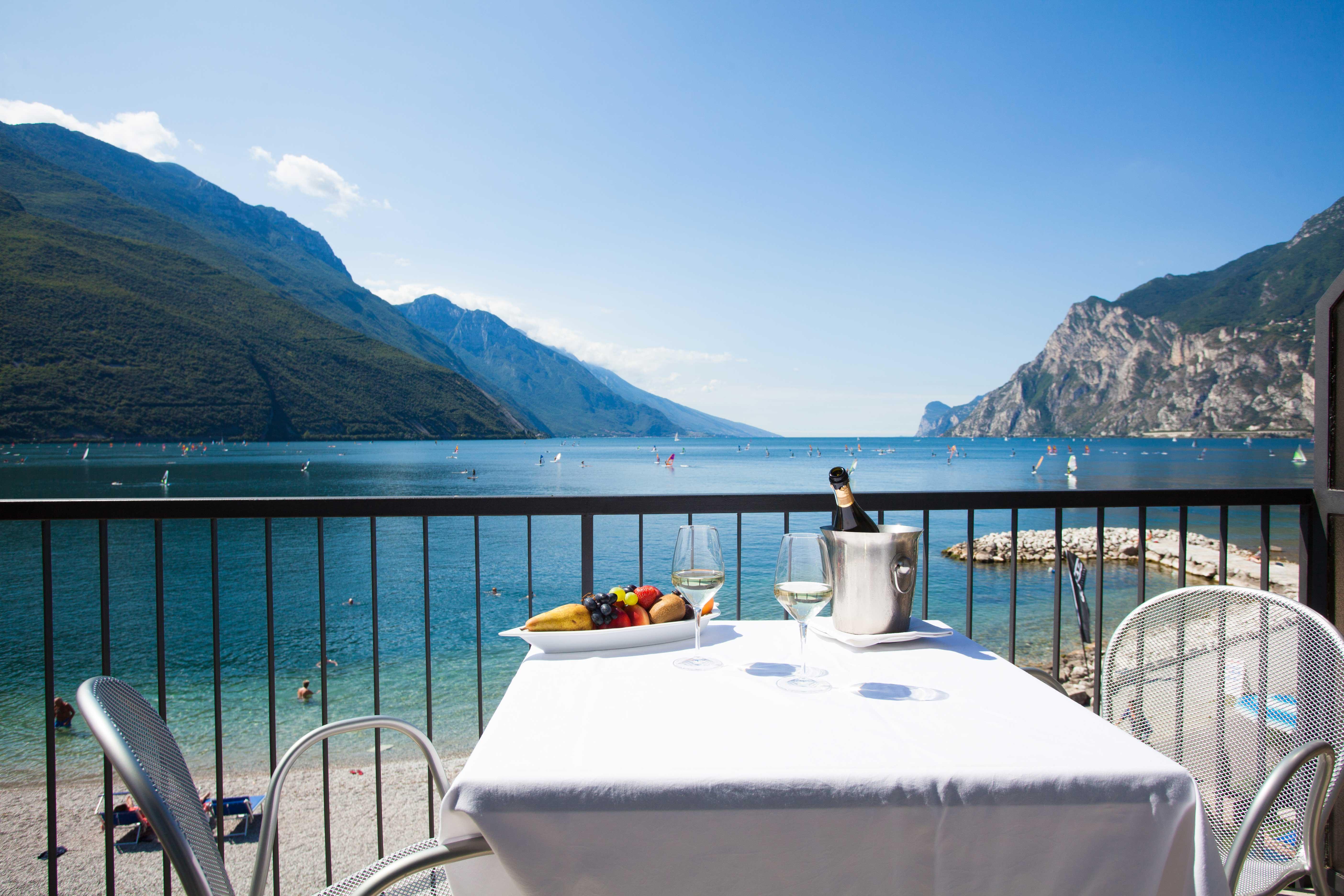 Hotel A Desenzano Con Spa
