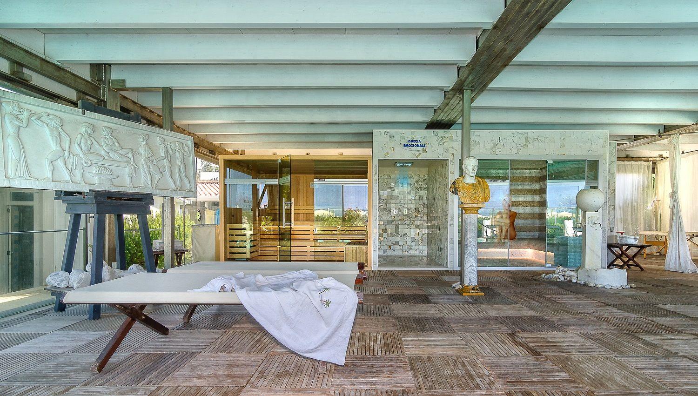 Bagno palazzo della spiaggia loc focette marina di - Palazzo turchi di bagno ...
