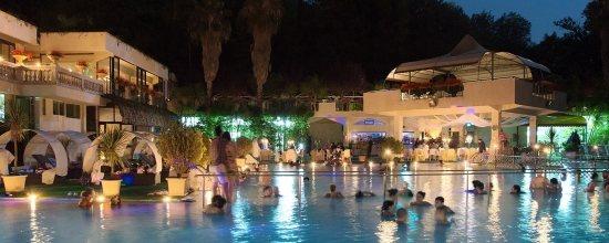 Hotel terme rosapepe contursi terme salerno campania - Agriturismo in campania con piscina ...
