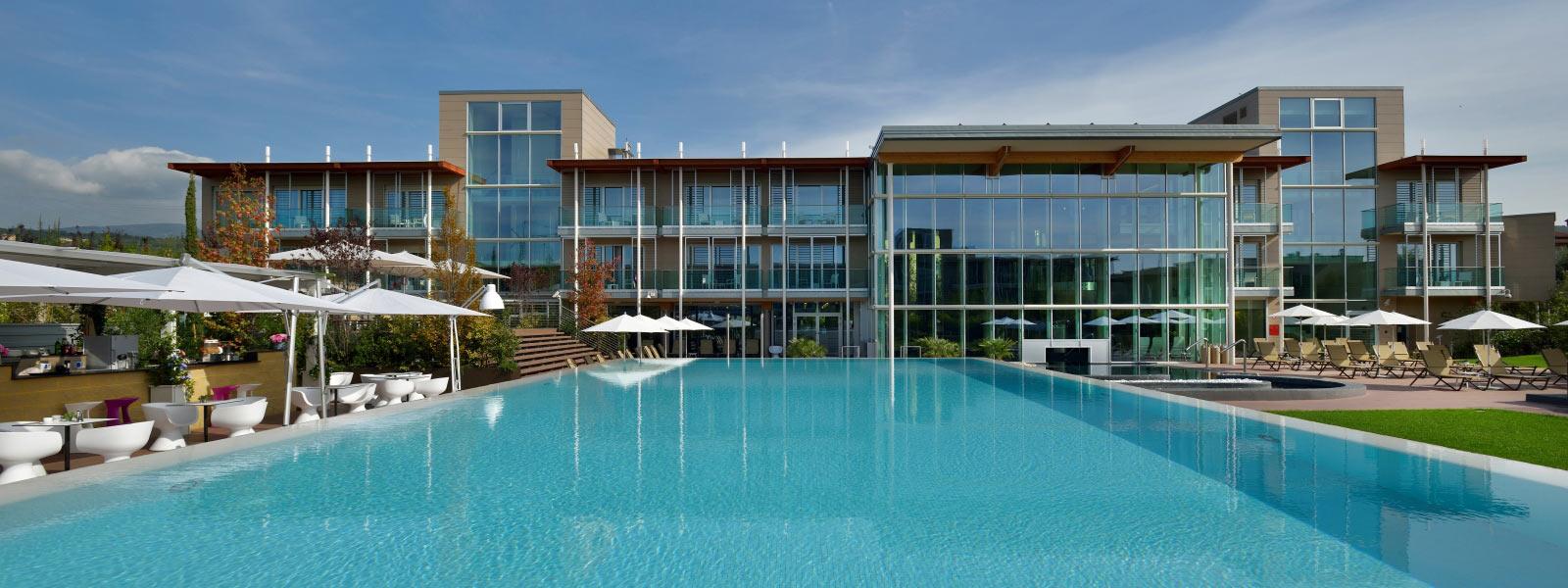 Aqualux hotel spa suite terme bardolino verona lago - Alberghi saturnia con piscina termale ...